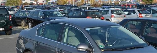 Parkplatz © flickr.com / mueritz